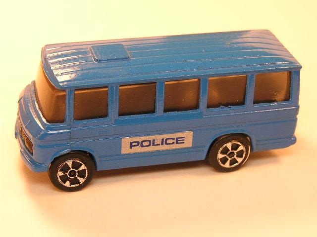 Corgi Juniors Mercedes Benz Bus